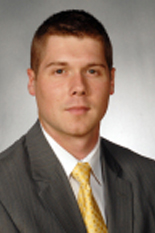Mike Morrell will move from Director of Basketball Operations to Assistant Coach.