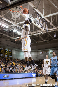 Briante Weber brought down the house with a windmill dunk in VCU's sixth-straight win.